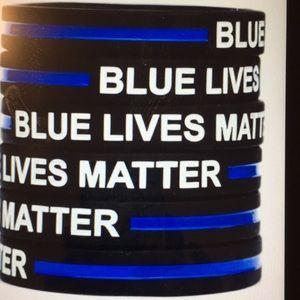 Blue Lives Matter Wristbands 🚔💙